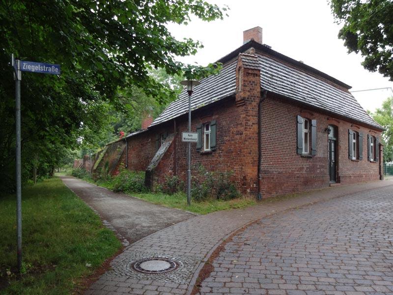 Das alte Ziegelmeisterhaus, Am Schleusenkanl, Rathenow